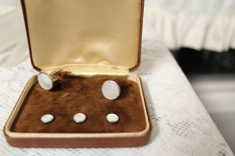 Vintage tuxedo cufflinks shirt studs set mother of pearl for Stud sets tuxedo shirts