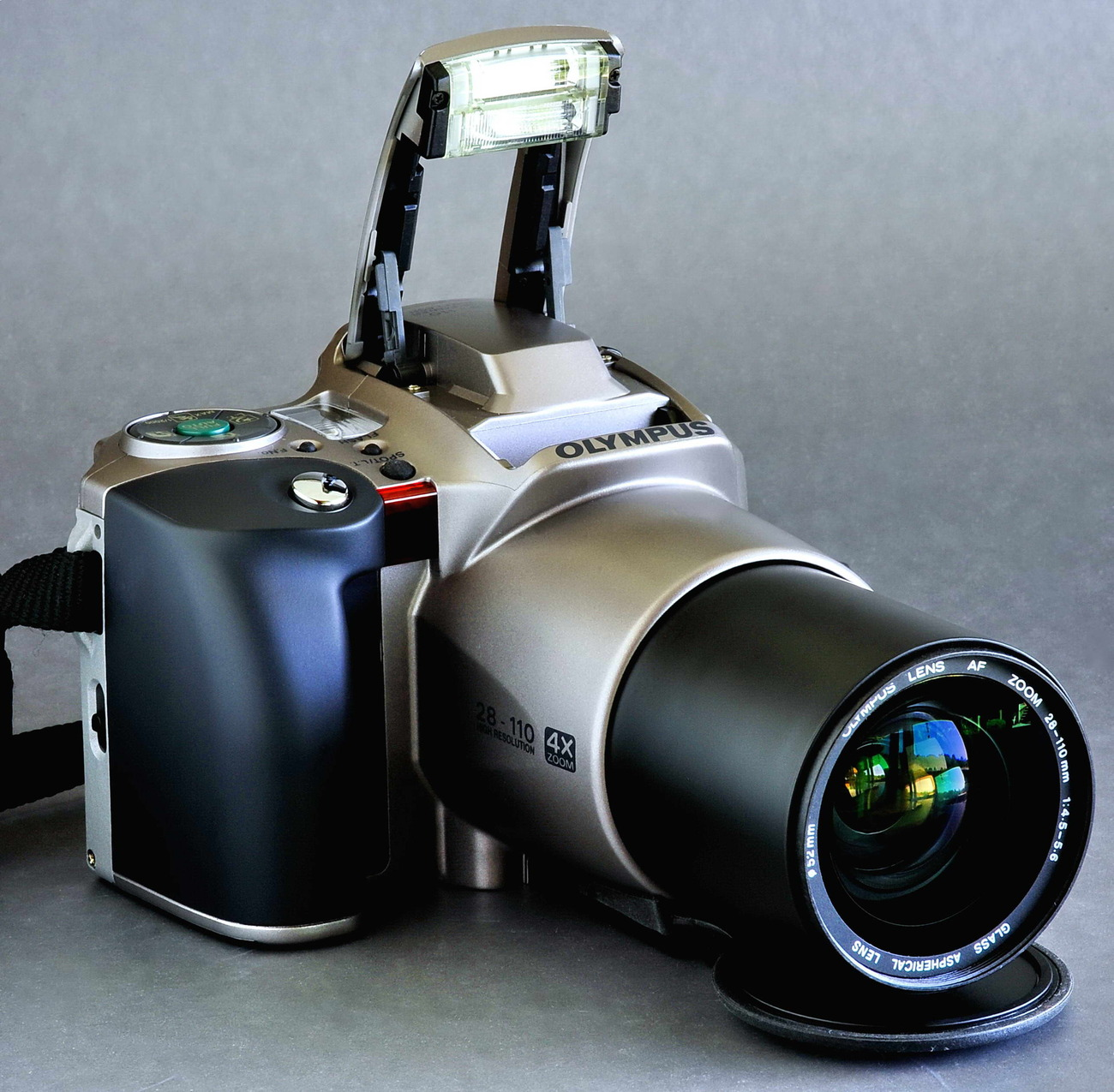 Olympus is 20 w 28 110 f4.5 5.6 aspherical flash up.small file