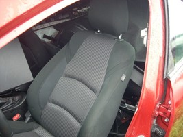 2014 MAZDA 3 FRONT LEFT BLACK SEAT WITH PATTERN, CLOTH, MANUAL WIHT BAG image 2