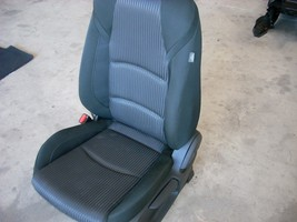 2014 MAZDA 3 FRONT LEFT BLACK SEAT WITH PATTERN, CLOTH, MANUAL WIHT BAG image 4