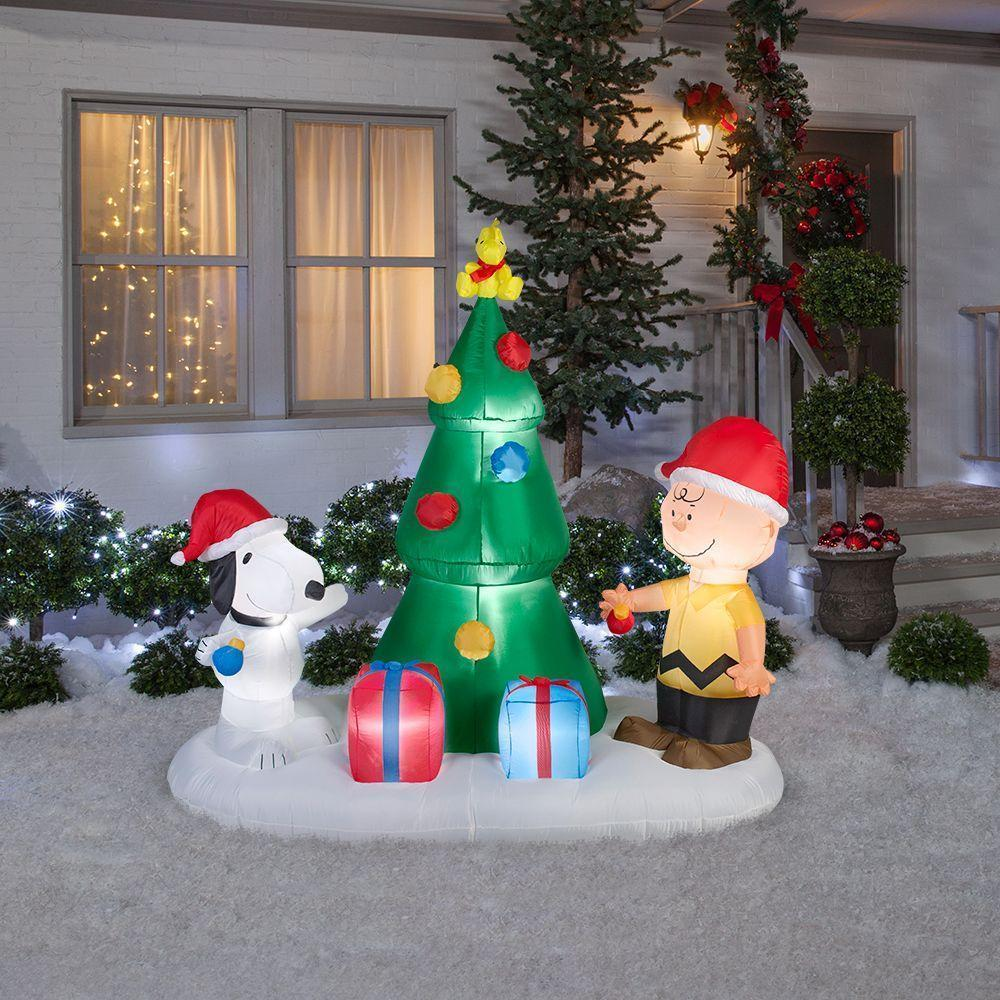 Snoopy and charlie brown tree airblown christmas tree for Christmas yard ornaments