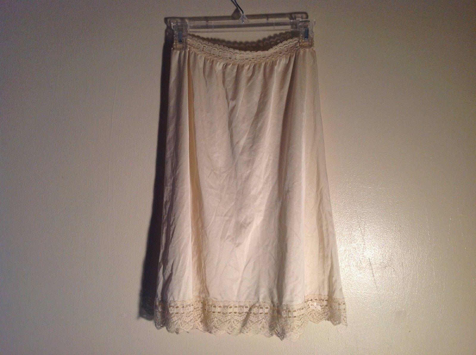 Cream  silky lace trim skirt