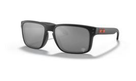 Oakley Holbrook Sunglasses OO9102-L555 Black / PRIZM Black CHICAGO BEARS - $79.19