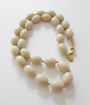 JOAN RIVERS cream beaded necklace. Retired QVC - $12.00
