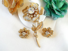 Vintage Coro Pegasus Long Stemmed Rhinestone Flower Brooch and Earring S... - $55.00