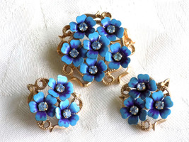 "Vintage Brooch and Earring Set Avon ""Love Blossoms"" Blue Enamel Flowers ... - $24.00"