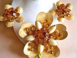 Flower Brooch and Earring Set Cream Enamel and Amber Rhinestone Vintage - $45.00