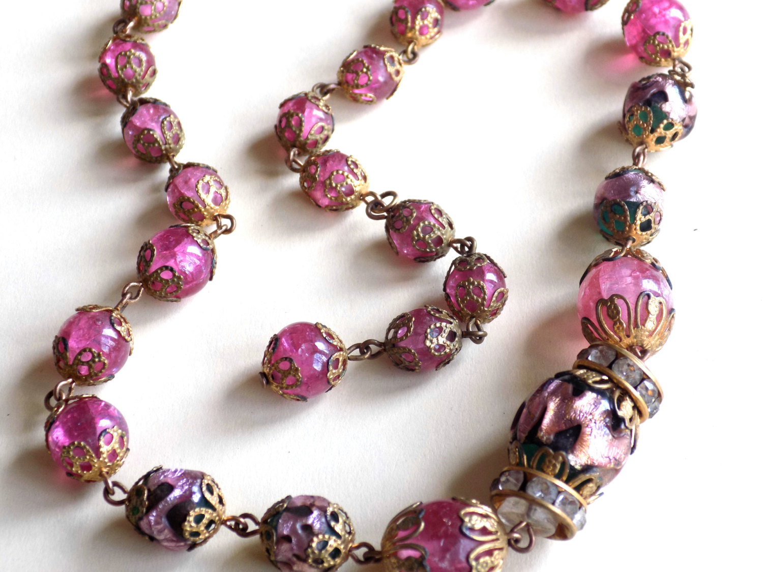 Vintage Glass Bead Choker Necklace Filigree Caps Pink Crackle Glass and Foil Inf image 2