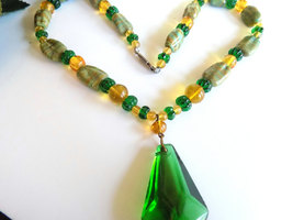Vintage Glass Beaded Necklace Green & Gold Glass Beads Striped Beads Focal Glass image 2