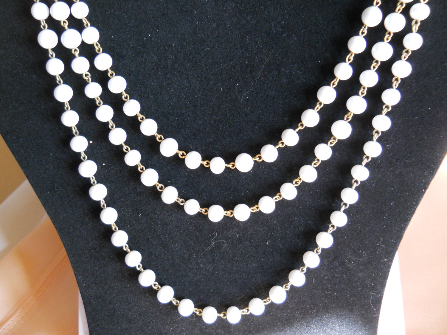 Endless Strand Necklace Milk Glass Bead and Gold Tone Metal Vintage image 2