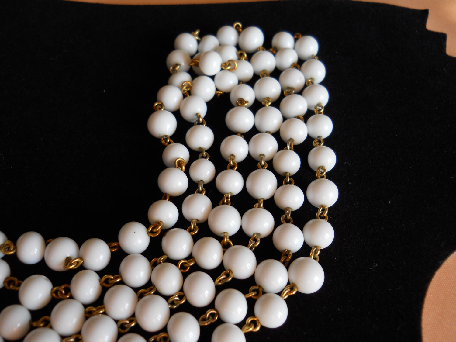 Endless Strand Necklace Milk Glass Bead and Gold Tone Metal Vintage image 5