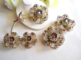 Sarah Coventry Fashion Flower Brooch and 2 Pair Earring Set Vintage - $55.00