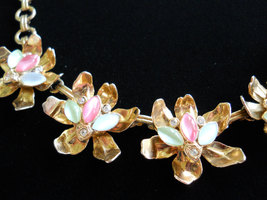 Pink, Green & White Necklace Five Flower Links Moonglow Cabochon Rhinestones Vin image 4