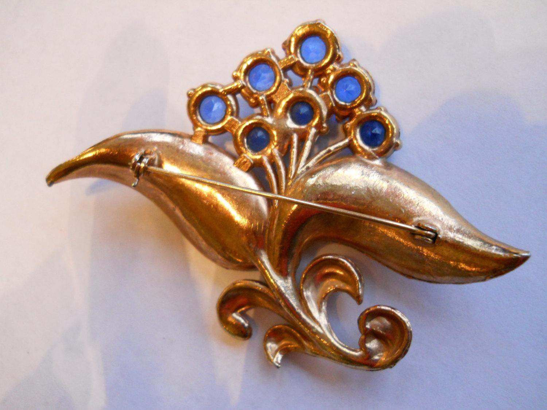 Flower Brooch Blue & Clear Rhinestones Rose Gold Wash Pot Metal Vintage