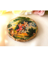 Vintage Stratton Collectible Compact Courting Couple and Cupids Made in ... - $42.00