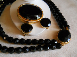 Black Faceted Glass Beaded Necklace, Brooch and Earring Set Vintage - $55.00