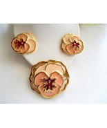 Pansy Flower Brooch and Earring Set Pretty Peach Enamel Vintage Avon - $25.00