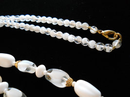 """Beaded Necklace 24"""" Milk Glass and Givre Glass Gold Tone image 4"""