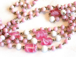 Vintage Coro Beaded Necklace Pink and White Milk Glass Beads and Swirled Pink Gl image 2