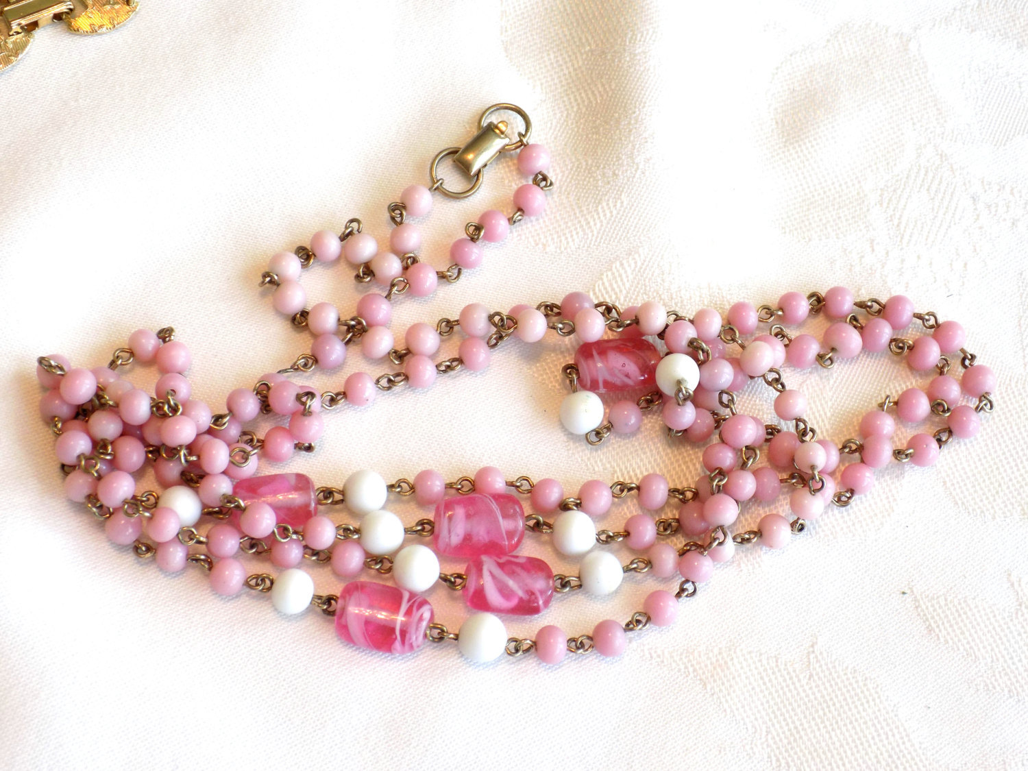 Vintage Coro Beaded Necklace Pink and White Milk Glass Beads and Swirled Pink Gl image 3