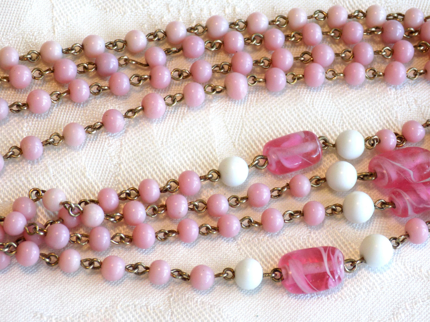 Vintage Coro Beaded Necklace Pink and White Milk Glass Beads and Swirled Pink Gl image 4