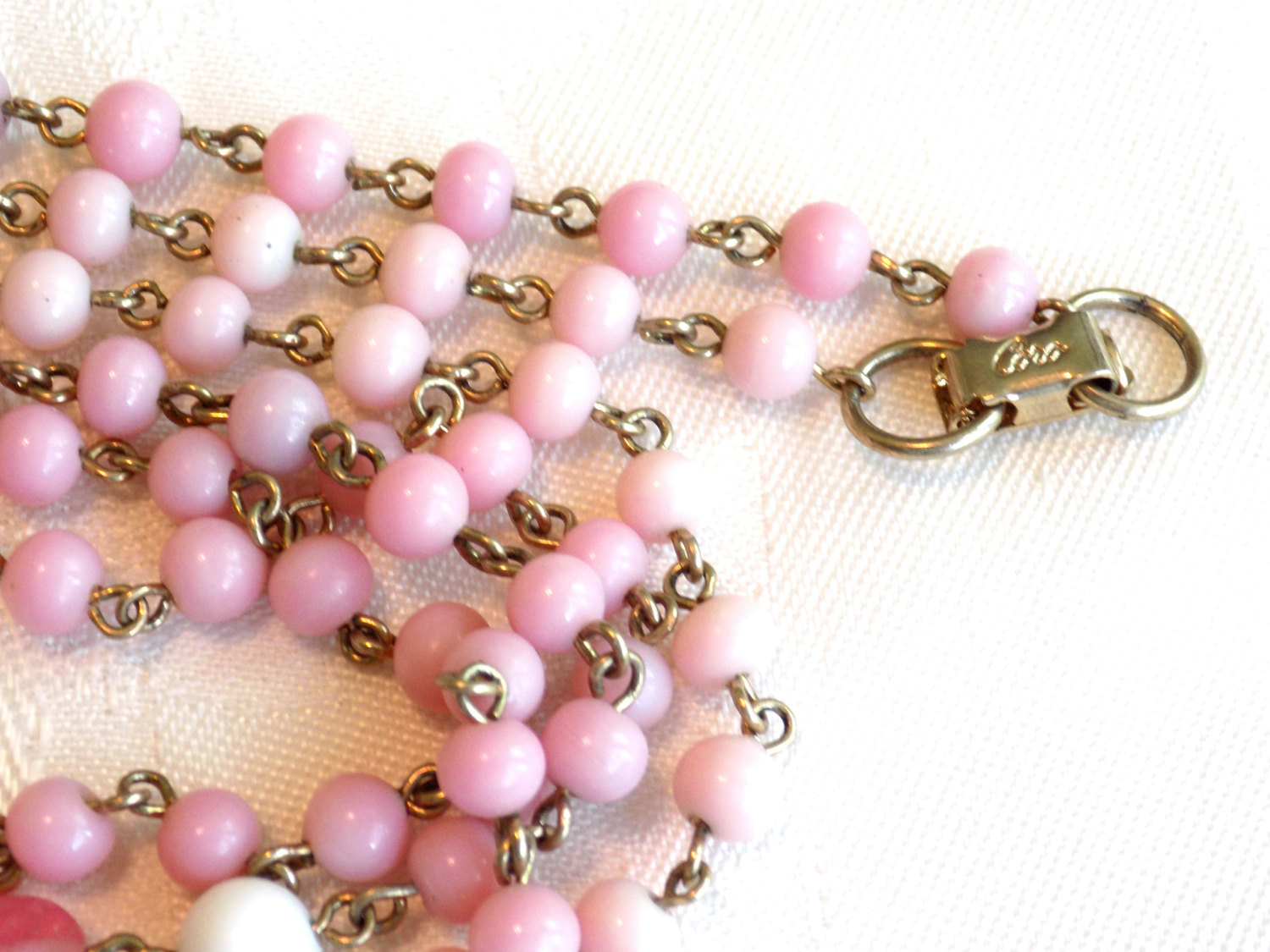 Vintage Coro Beaded Necklace Pink and White Milk Glass Beads and Swirled Pink Gl image 5