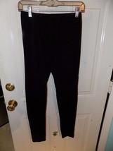 Forever 21 Black Leggings Size M Women's EUC - $23.99