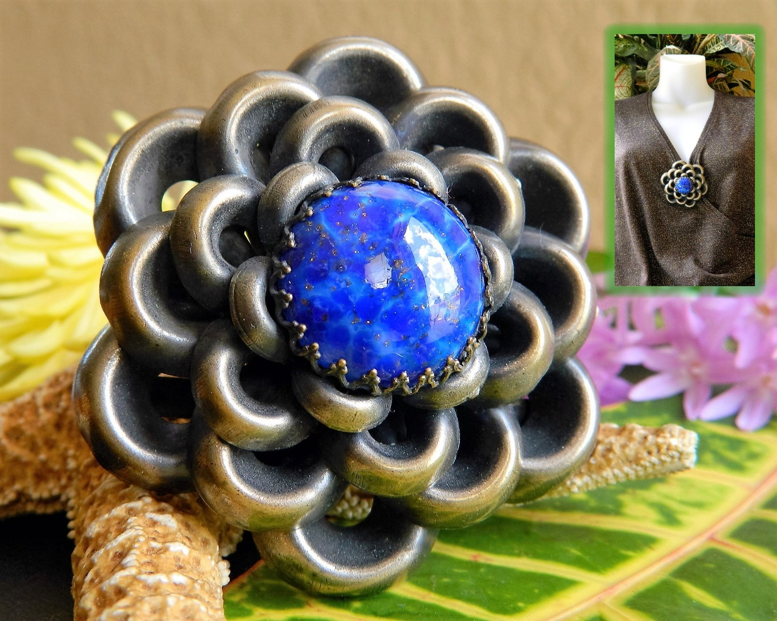 Primary image for Vintage 1930s Flower Brooch Pin Blue Cabochon Style Metal Spec NY USA