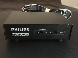 PHILIPS MAGNAVOX RF MODULATOR PM 61138 A/V AUDIO/VIDEO SWITCHBOX AC POWER NM - $21.24