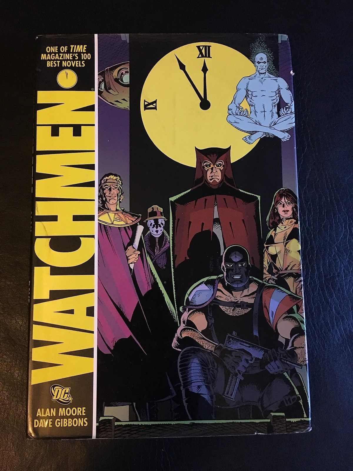 graphic novel and watchmen Critic consensus: gritty and visually striking, watchmen is a faithful adaptation of alan moore's graphic novel, but its complex narrative structure may make it.
