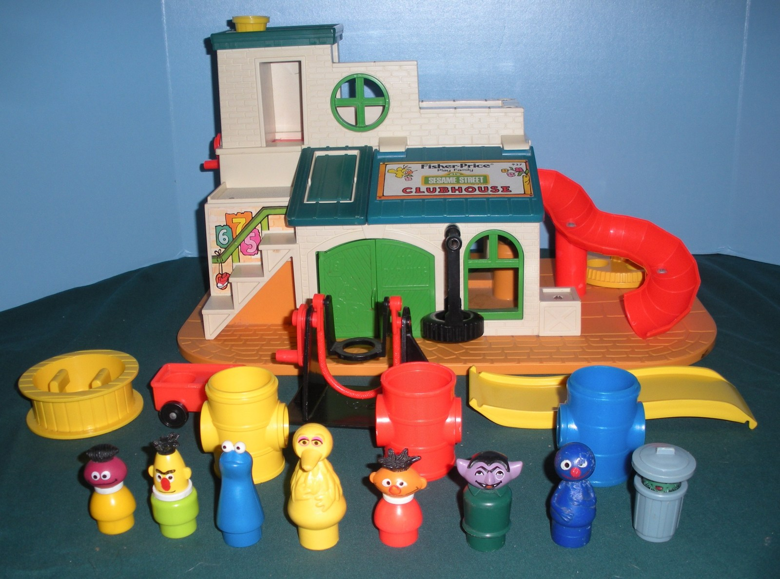 Vtg. Fisher Price #937 Sesame St. Clubhouse Comp + BONUS /EXC++-NR MT!  H