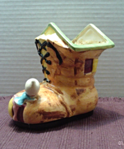 Vintage Elf Shoe House Planter // Kitsch Decor / Made in Japan / Elf/Pix... - ₹853.11 INR