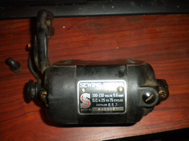 Singer 15-88 BR-7 Motor 0.6 Amp On Mount Wired ... - $15.00