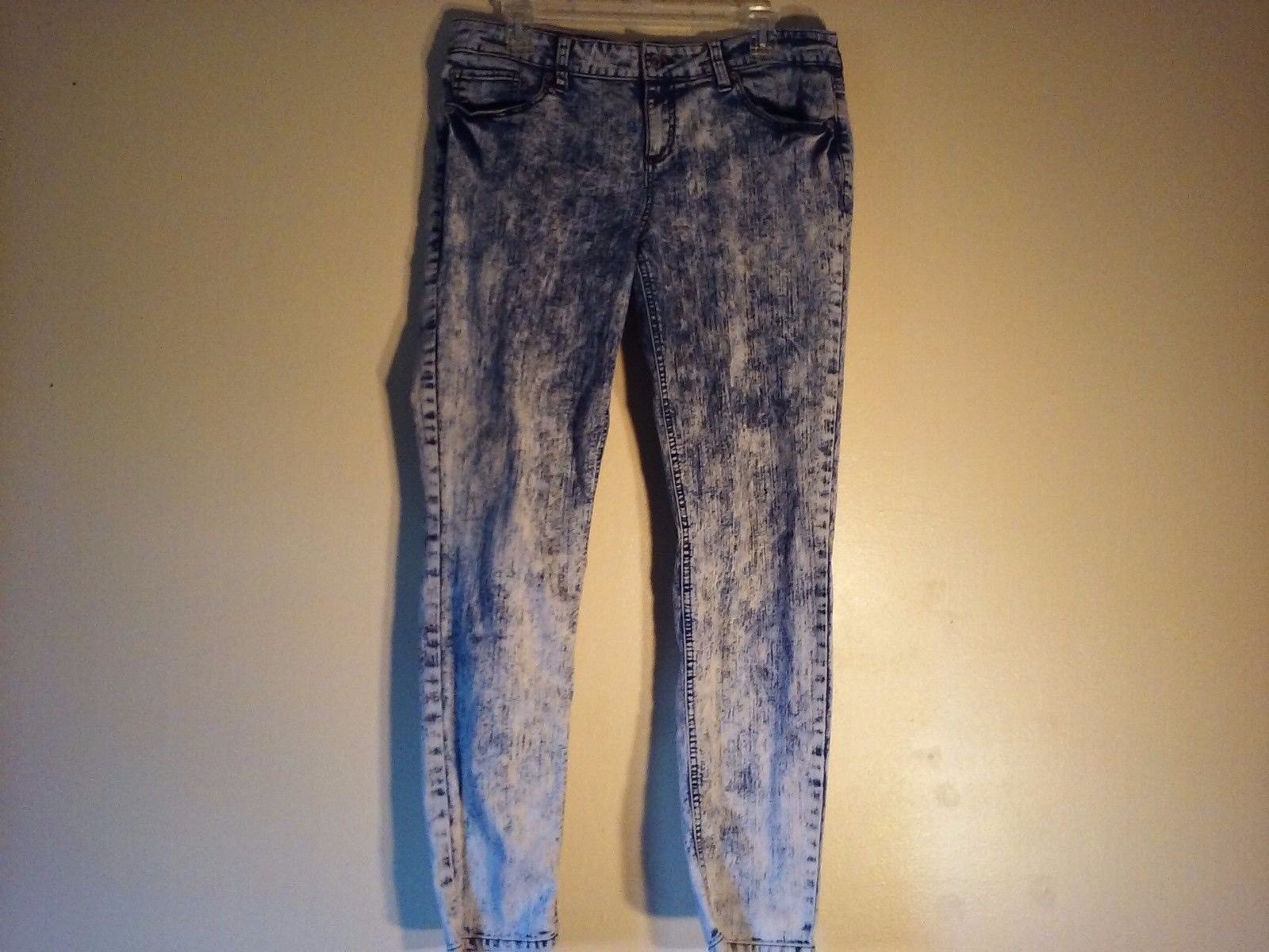 Good Condition Lovesick Size 13 The Skinny Acid Wash Jeans 4 Pockets