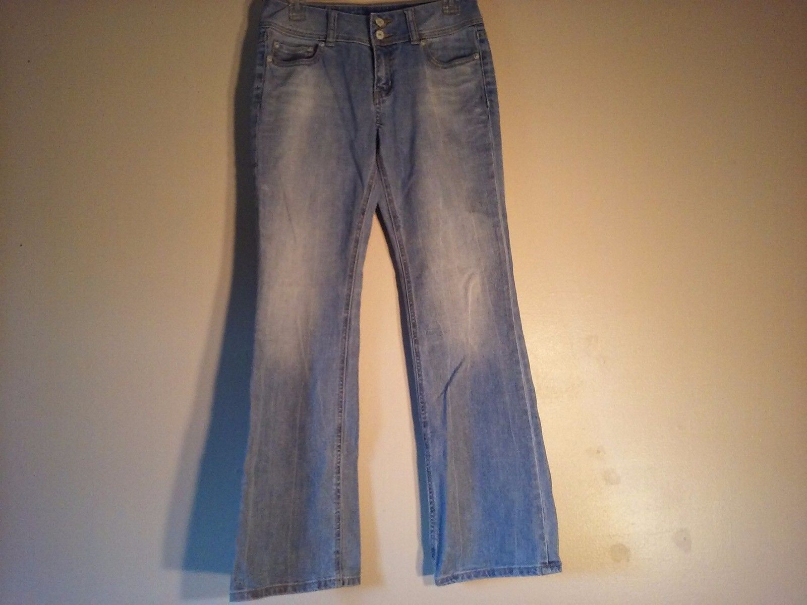 Great Condition London Jean US Hipster Pale Denim Jeans Bell Bottom Cotton Blend