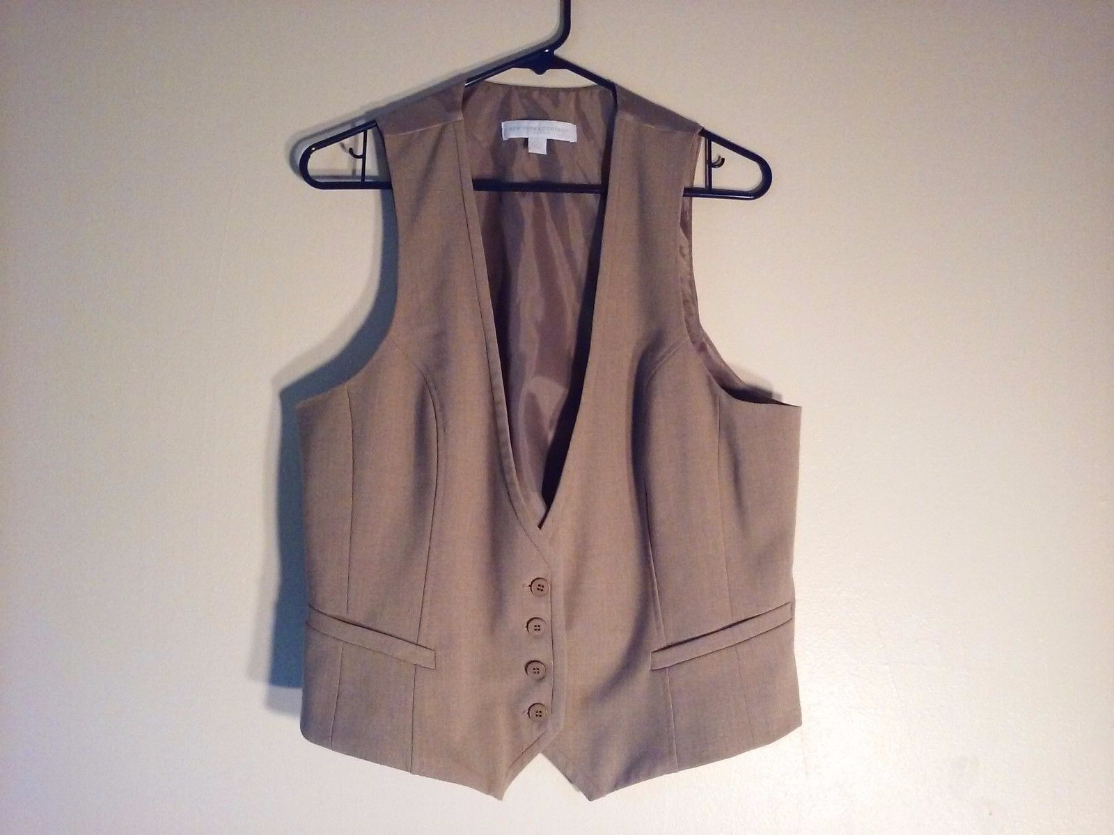 Great Condition New York and Company Size 16 Stretch Tan Vest  Adjustable Back