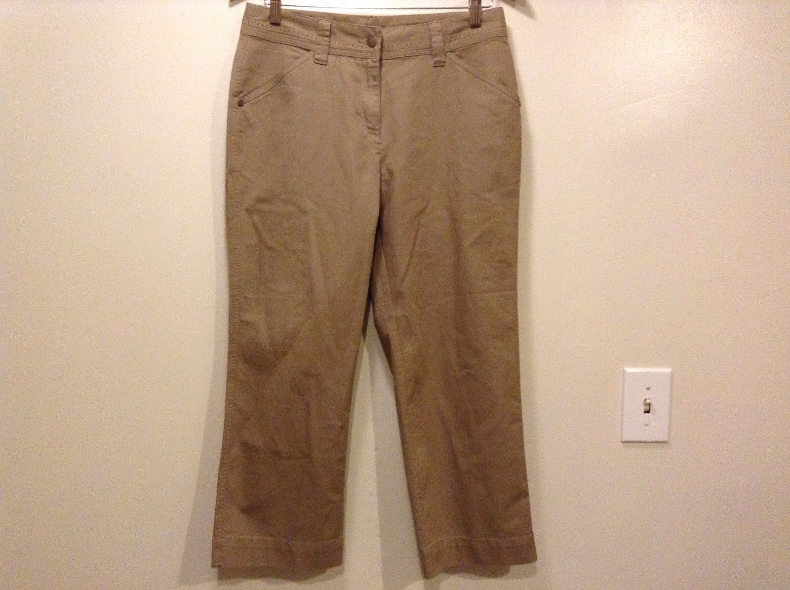 Great Condition Woolrich Size 6 Cotton Blend Dark Khaki 2 Pockets Pants