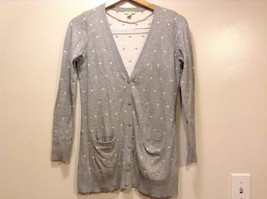 Great Condition Bossini Small Ladies Gray White Hearts 2 Pockets Cardigan