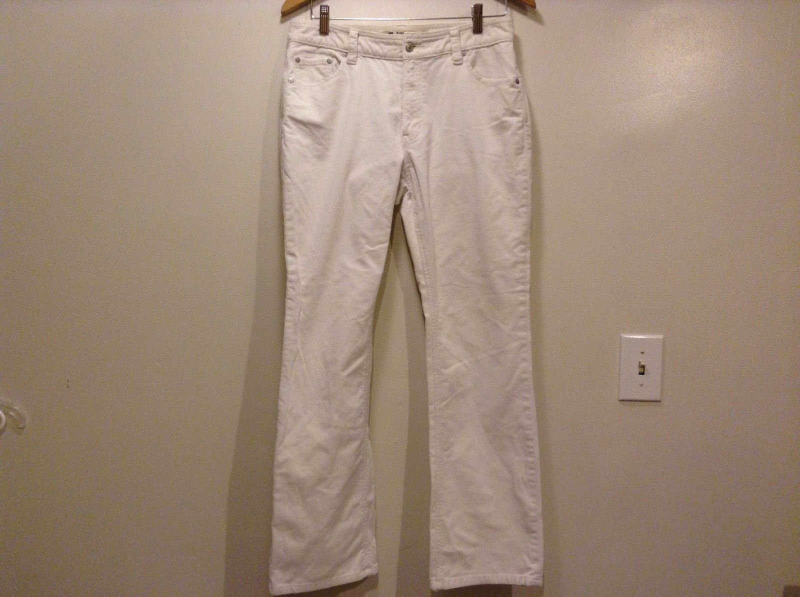 Great Condition Gap Boot Cut Corduroy White 4 Pockets Pants