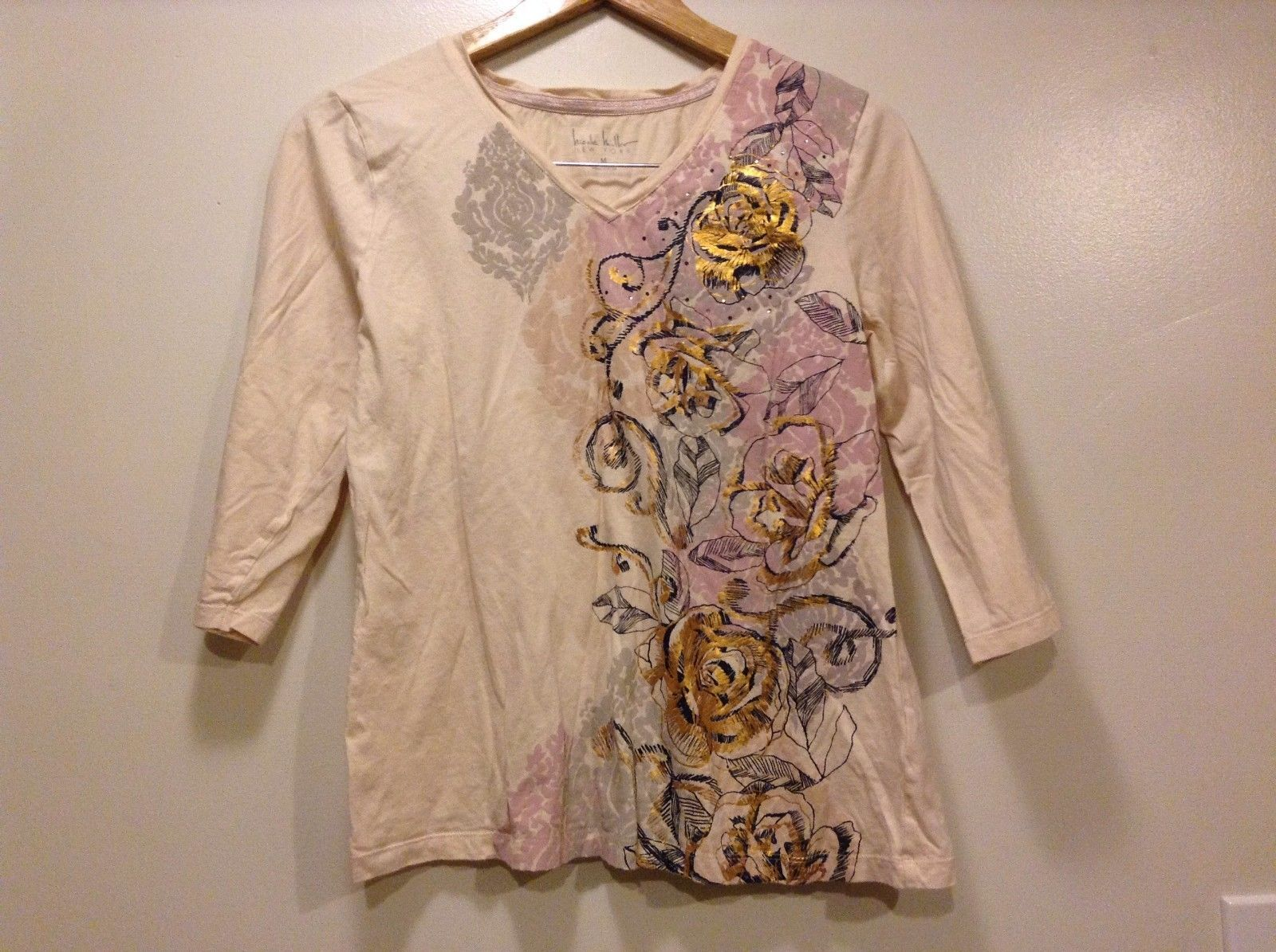 Great Condition Nicole Miller Medium 100% Cotton Pale Pink Shirt Floral Design