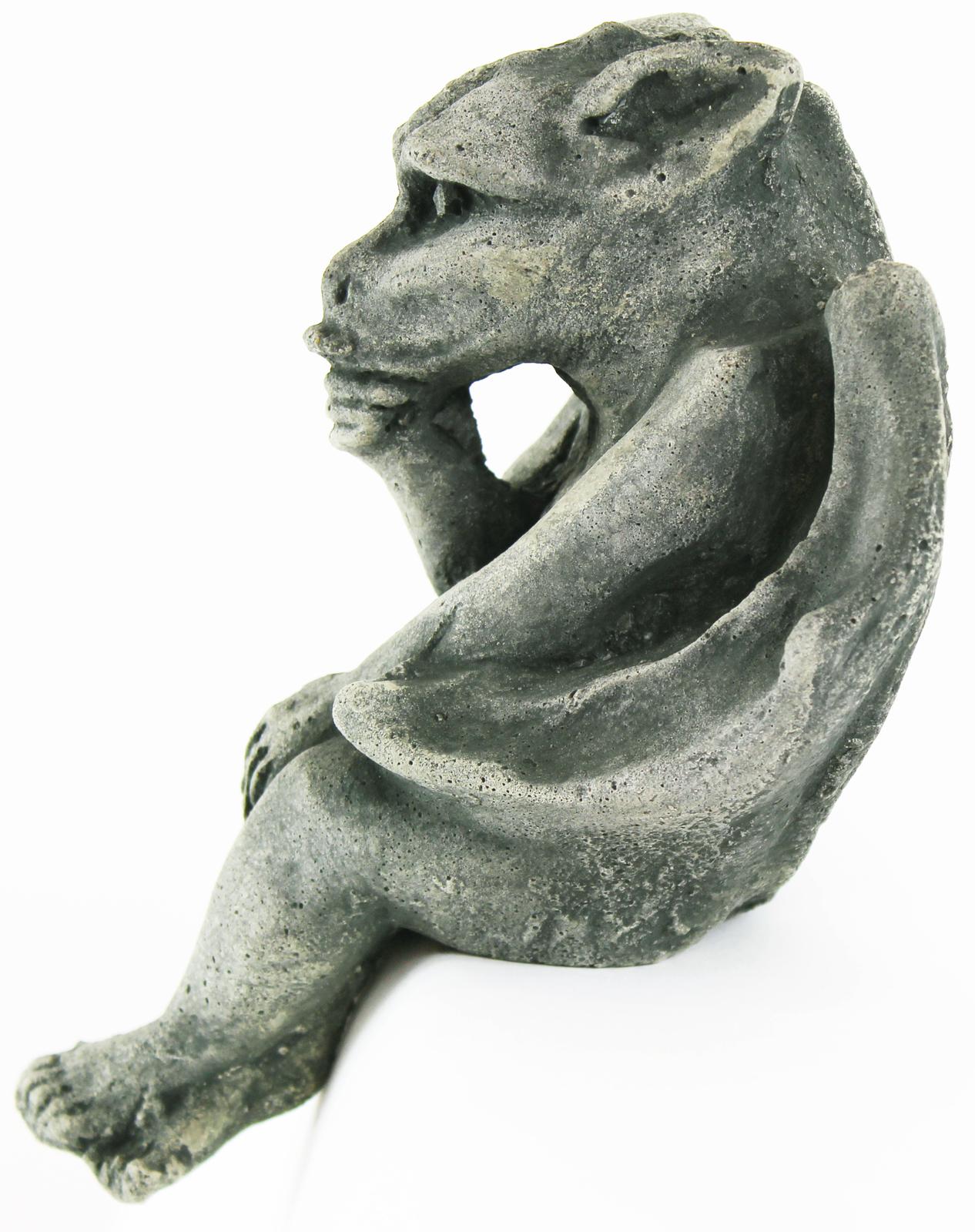 Sitting Gargoyle Concrete Ornament Statue