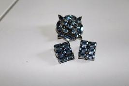 VINTAGE BROOCH EARRINGS BLUE STONES SET - $25.73