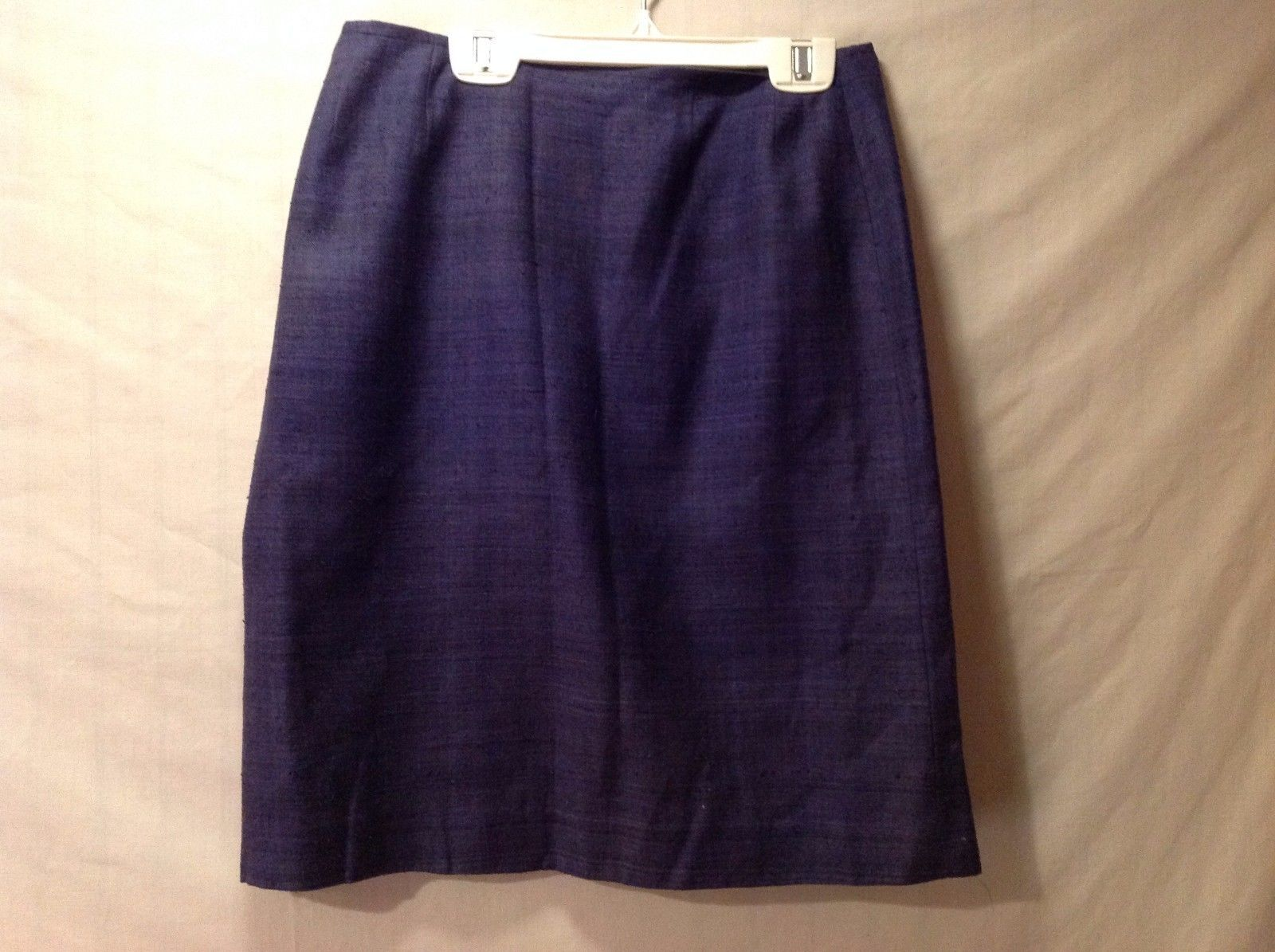 Great Condition Women's Annie Walwyn-Jones Navy Straight Silk Skirt Lined