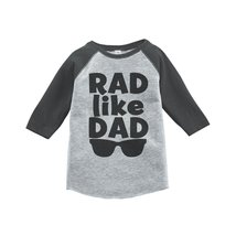 Custom Party Shop Boy's Father's Day Vintage Baseball Tee 2T Grey and Black - $20.58