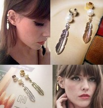 Feather&Pearl Metal Clip Earring(Color:Antique Silver ) - $4.99