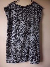 Apt.9 Women's Size Large Black White Grey Animal Print Cap Sleeve Dress - $19.55
