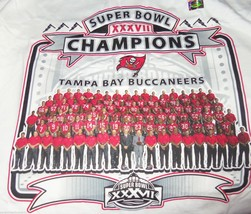2002 Tampa Bay Buccaneers Super Bowl T-Shirt Team Roster Picture NFL Joh... - $39.95