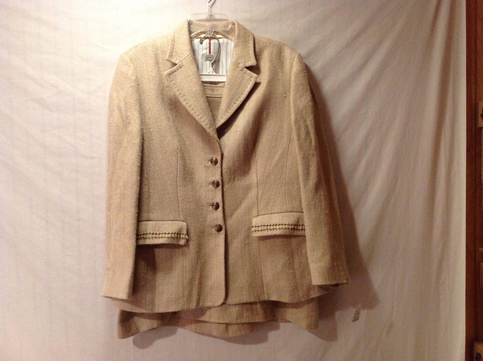 Good Condition Women's Goss! Suit Blazer Skirt Fully Lined No Size Indicated