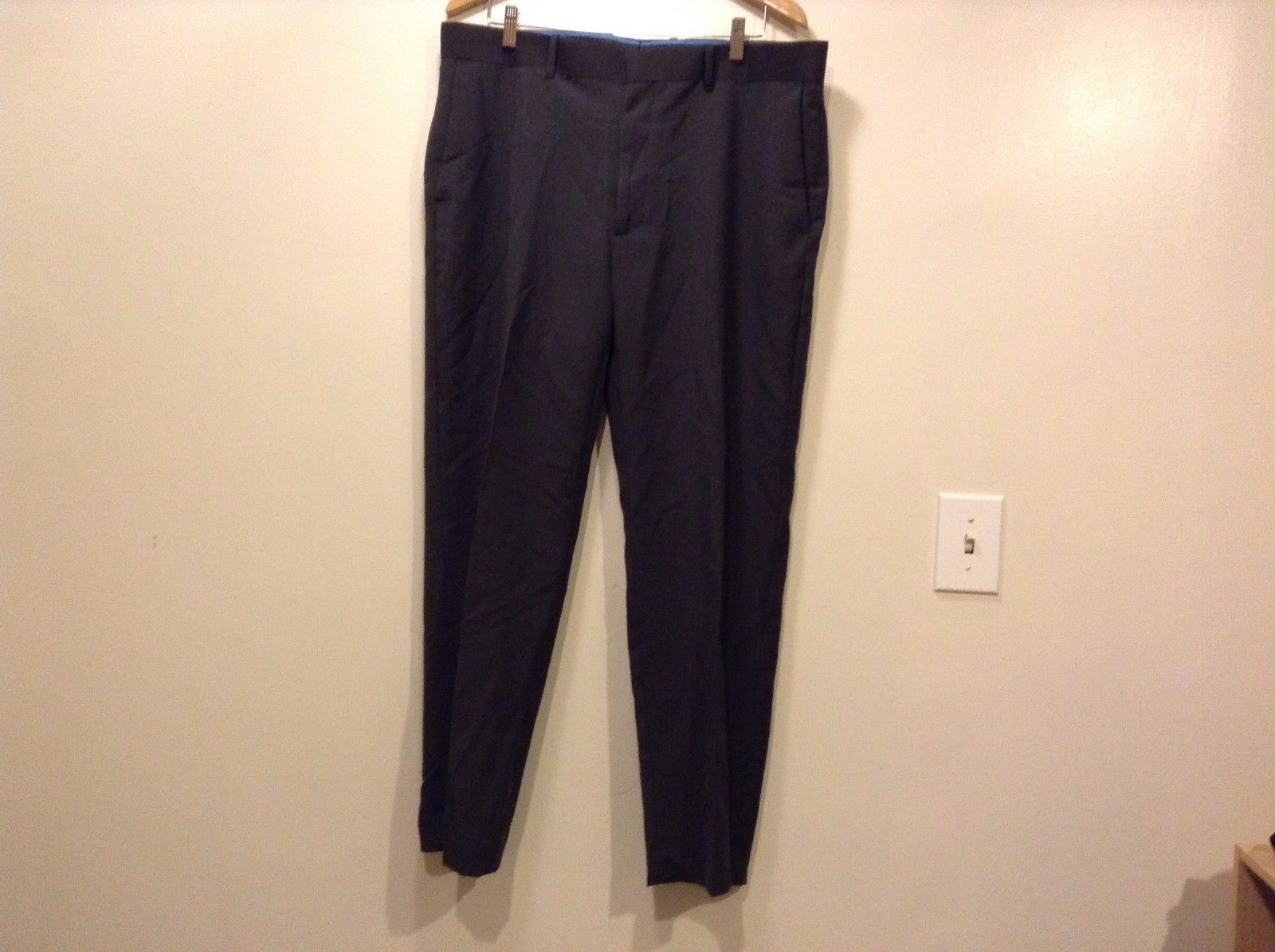 Great Condition Axist Polyester Blend Zip Clip 4 Pockets Black Pants