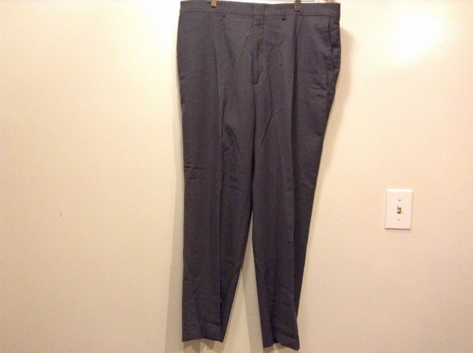 Great Condition Haggar Polyester Blend Zipper Clip Gray 4 Pocket Pants